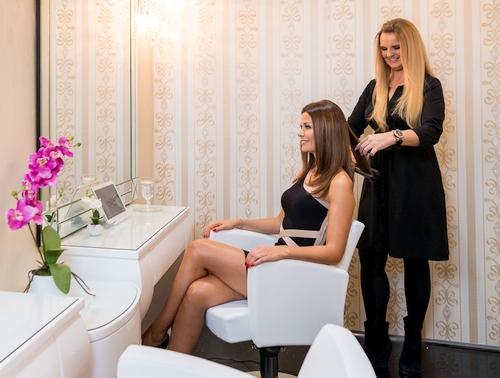 Haarverlängerung Wien VIP Suite